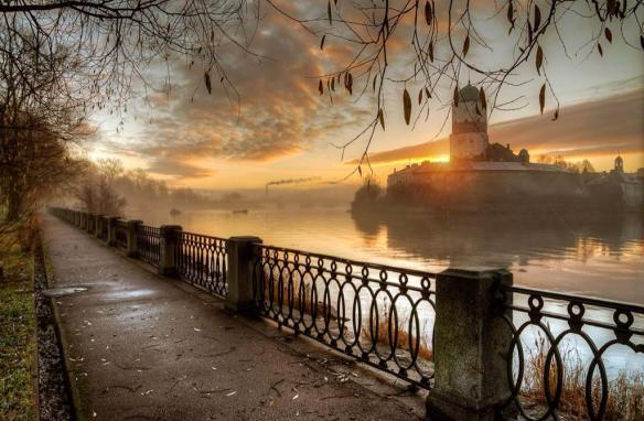 sundown-in-st-petersberg-photography-by-ed-gordeev