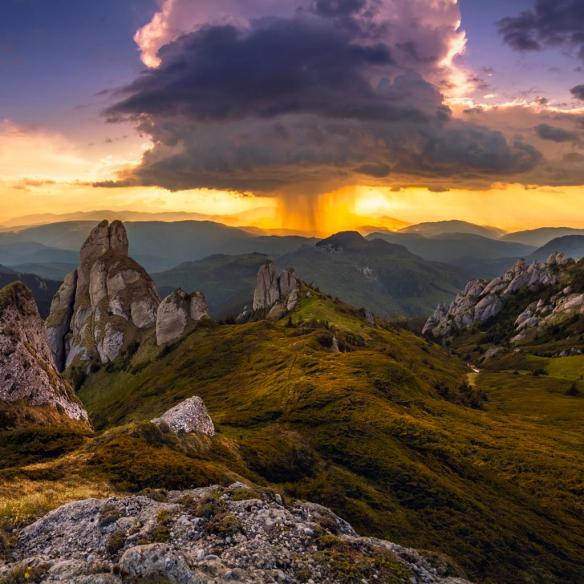 sunset-behind-the-storm-photography-by-dragos-pop