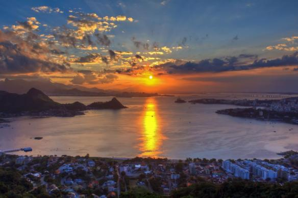 sunset-off-the-coast-of-brazil-photography-by-carlos-ortega