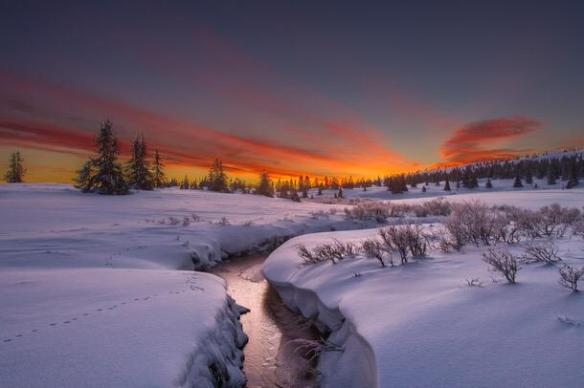 sunrise-in-norway-photography-by-jorn-allan-pedersen
