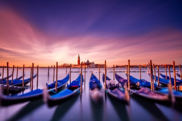 sunrise-in-venezia-photography-by-david-mikkelsen