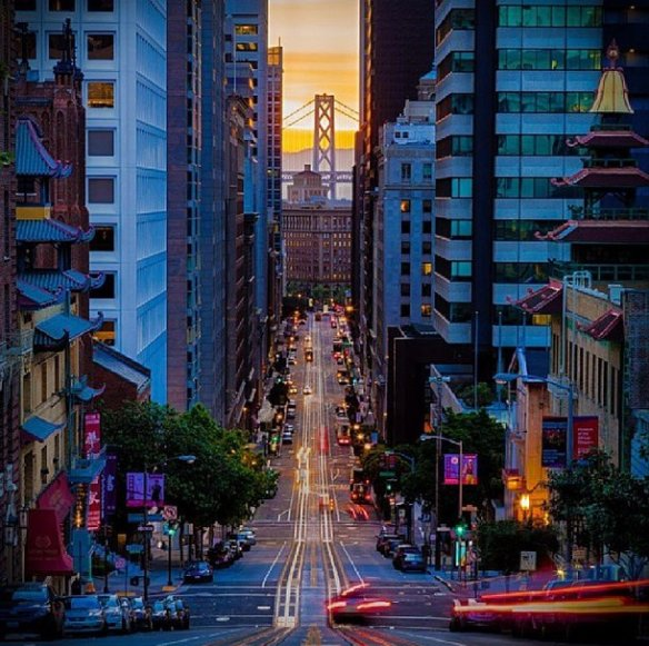 sunrise-over-california-street-san-francisco-photography-by-robert-ray