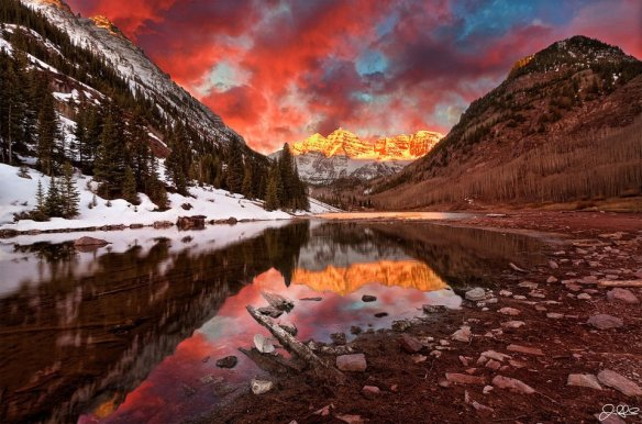 sunrise-over-maroon-bells-colorado-photography-by-jamie-link