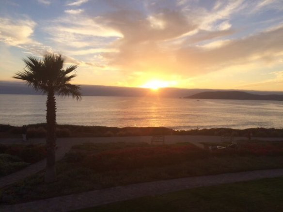 sunset-at-pismo-beach-california-photography-by-yourjesusgps