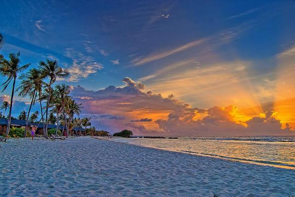 sunset-in-the-maldives-photography-by-edgar-barany-c