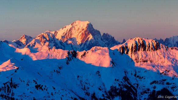 sunset-on-mont-blanc-from-col-de-la-loze-in-courchevel-photography-by-loic80l
