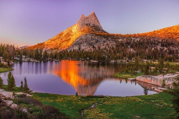 sunset-on-the-sierra-nevada-california-photography-by-vivek-vijaykumar