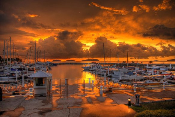 sunset-over-sutera-harbour-malaysia-photography-by-jo-schmaltz
