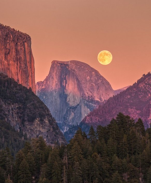 the-moon-hangs-low-over-yosemite-photography-by-jeff-sullivan