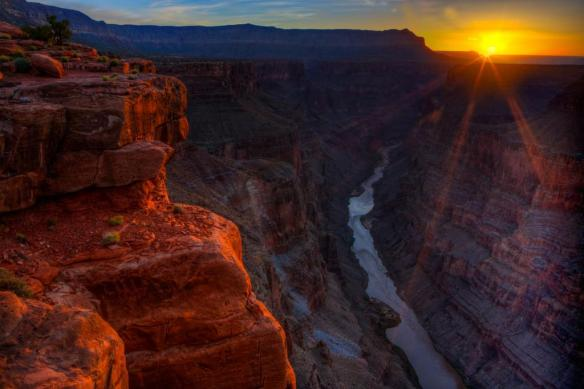 from-within-the-grand-canyon-photography-by-beau-rogers