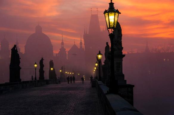 prague-at-dawn-photography-by-markus-grunau