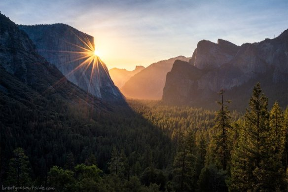 sunrise-in-yosemite-photography-by-brent-clark