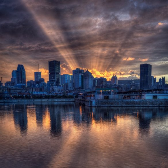 sunshine-behind-montreal-skyline-photography-by-alex-rykov