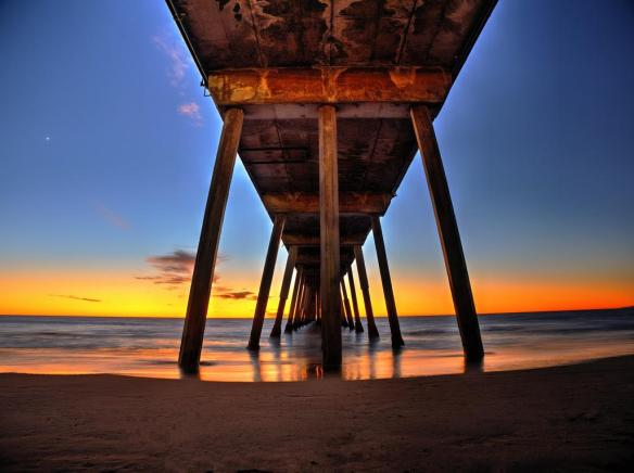 under-the-hermosa-beach-pier-in-california-photography-by-mike-memories