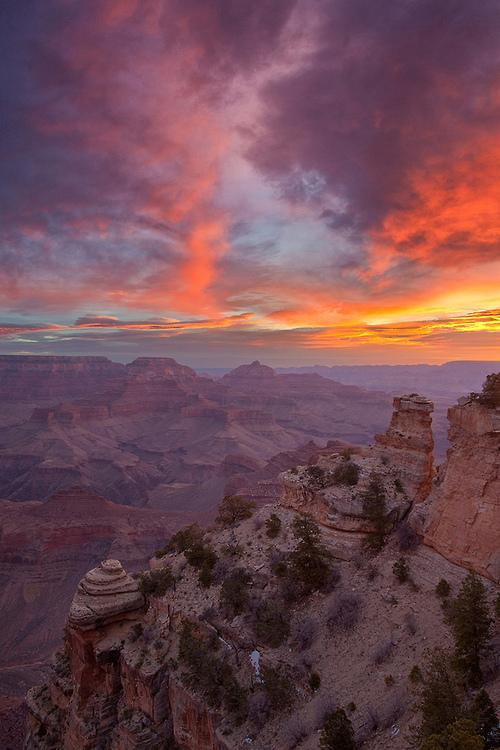grand-canyon-sunrise-photography-by-chris-lazzery