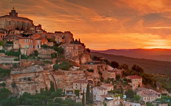 lovely-gordes-village-southeastern-france-photography-by-arnab-banerjee