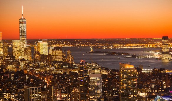 new-york-city-skyline-winter-sunset-photography-by-anthonyquintano
