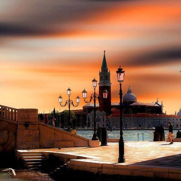 sunset-over-venice-photography-by-pieter-arnolli