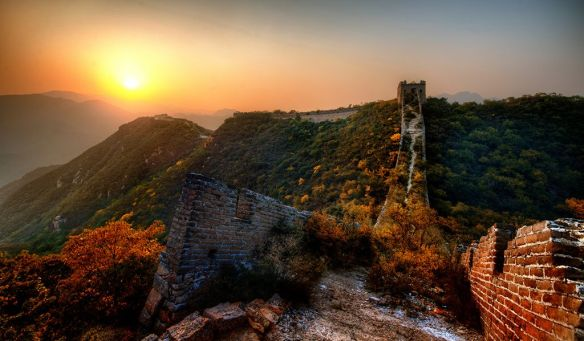 the-new-garden-path-along-the-great-wall-of-china-photography-by-treyratcliff