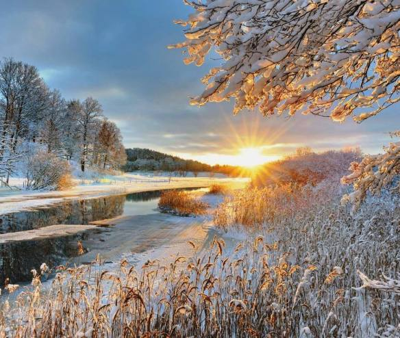 winter-sunrise-photography-by-skaranfil