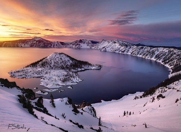 crater-lake-in-winter-oregon-photography-by-forrest-stanley