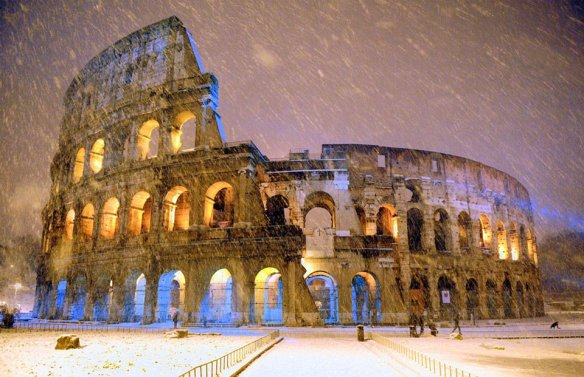 snowfall-over-colosseum-in-rome-italy-photography-by-gabriele-forzano