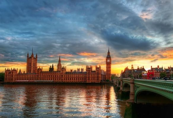 a-pretty-london-sunset-photography-by-treyratcliff