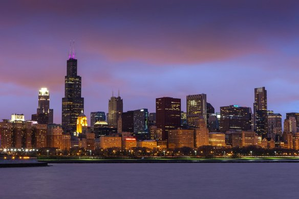 chicago-skyline-in-sunset-photography-by-anh-dinh