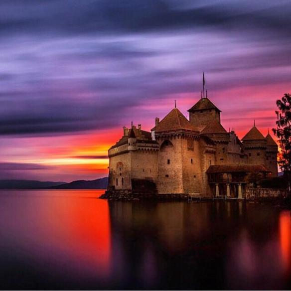 chillon-castle-lake-geneva-switzerland-photography-by-i%cc%87lhan-erog%cc%86lu