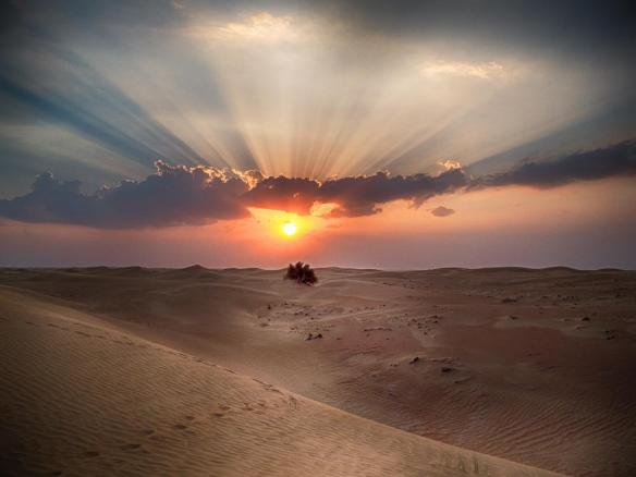 desert-sunset-just-outside-of-dubai-photography-by-colin-frankland