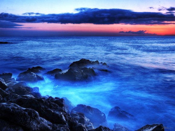 end-of-the-day-at-kapaa-beach-park-photography-by-paul-bica