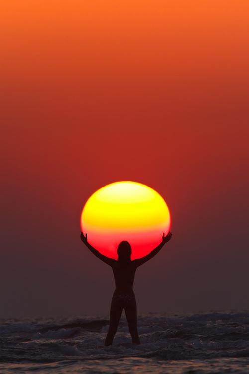 hugging-the-sun-photography-by-anton-jankovoy
