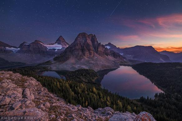 last-bit-of-light-over-mount-assiniboine-provinvial-park-canada-photography-by-steve-dublanko