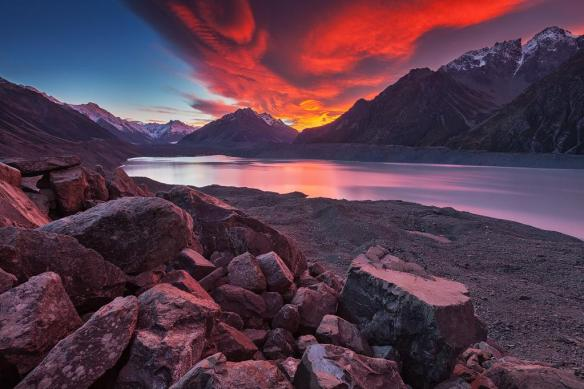sunrise-at-tasman-lake-new-zealand-photography-by-sven-muller