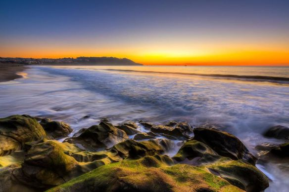 taking-in-a-sunset-from-baker-beach-in-san-francisco-photography-by-jeff-krause