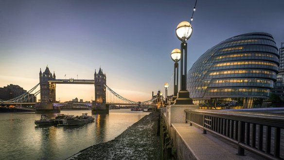 tower-bridge-and-city-hall-london-photography-by-nick-moulds