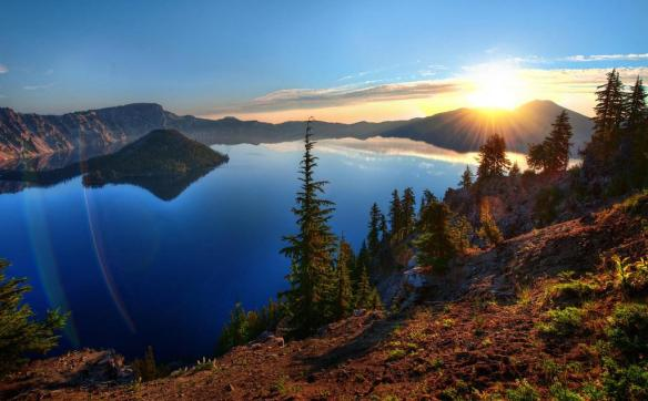 sunrise-over-crater-lake-oregon-photography-by-treyratcliff