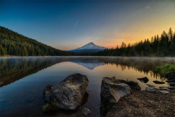 sunrise-over-trillium-lake-oregon-photography-by-anthony-k