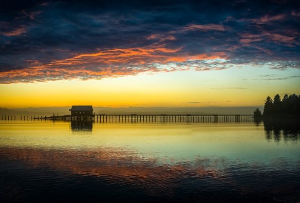 Sunset in Garibaldi Harbor, Oregon   Photography by ©@howardignatius