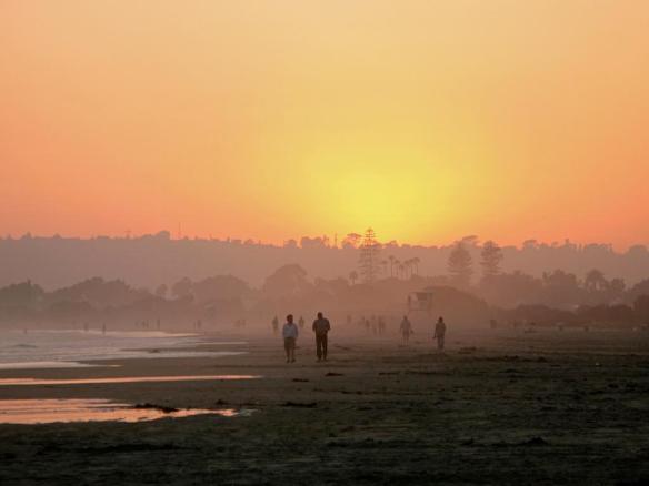 The days last light over Coronado Beach in California | Photography by ©Keturah Stickann