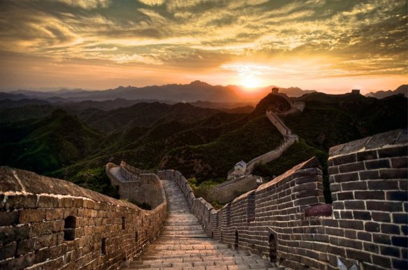 Sunset Over Great Wall Of China | Photography by ©Philipp Göllne
