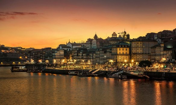 Evening in Porto, Portugal   Photography by ©Nick Moulds